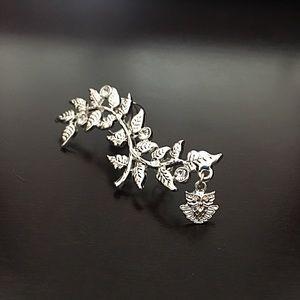 Wrap-around vine earring